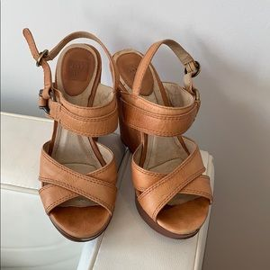 "Tan Frye 4"" Wedge"